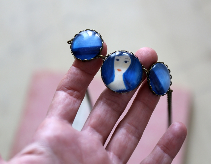 Miniature portrait jewellery